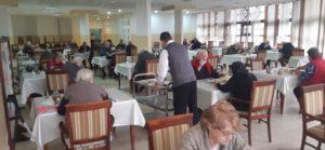 Korisnici radosni zbog otvaranja restorana i ponovnih fizikalnih terapija